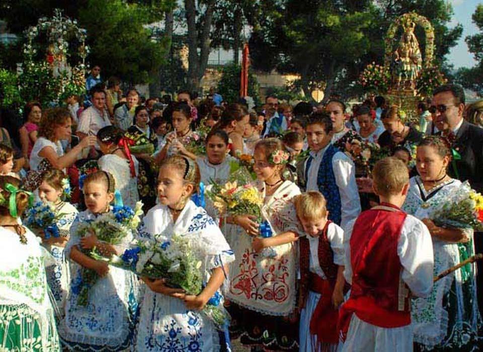 St Cosme and St Damian Festivities in Abaran