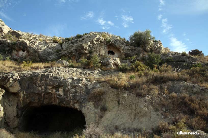 Cabezo del Tío Pío, poblado íbero. Cuevas