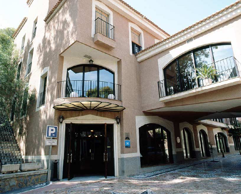 Hotel León ***