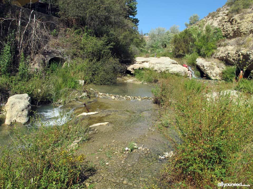 Nacimiento del río Mula y Salto del Usero. Espacio natural situado en Bullas