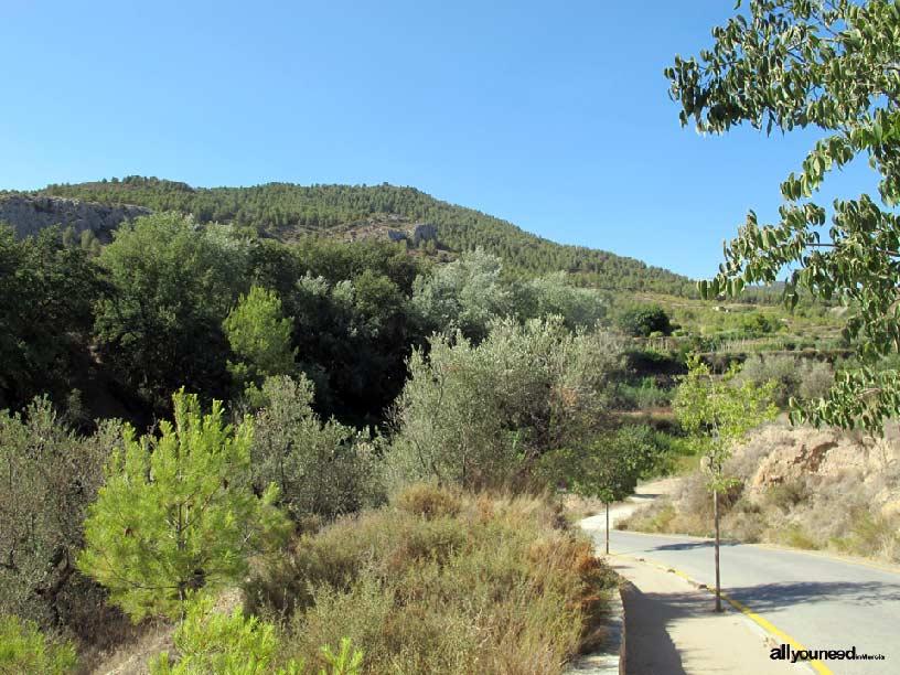 Nacimiento del río Mula y Salto del Usero. Espacio natural situado en Bullas. El Castelar