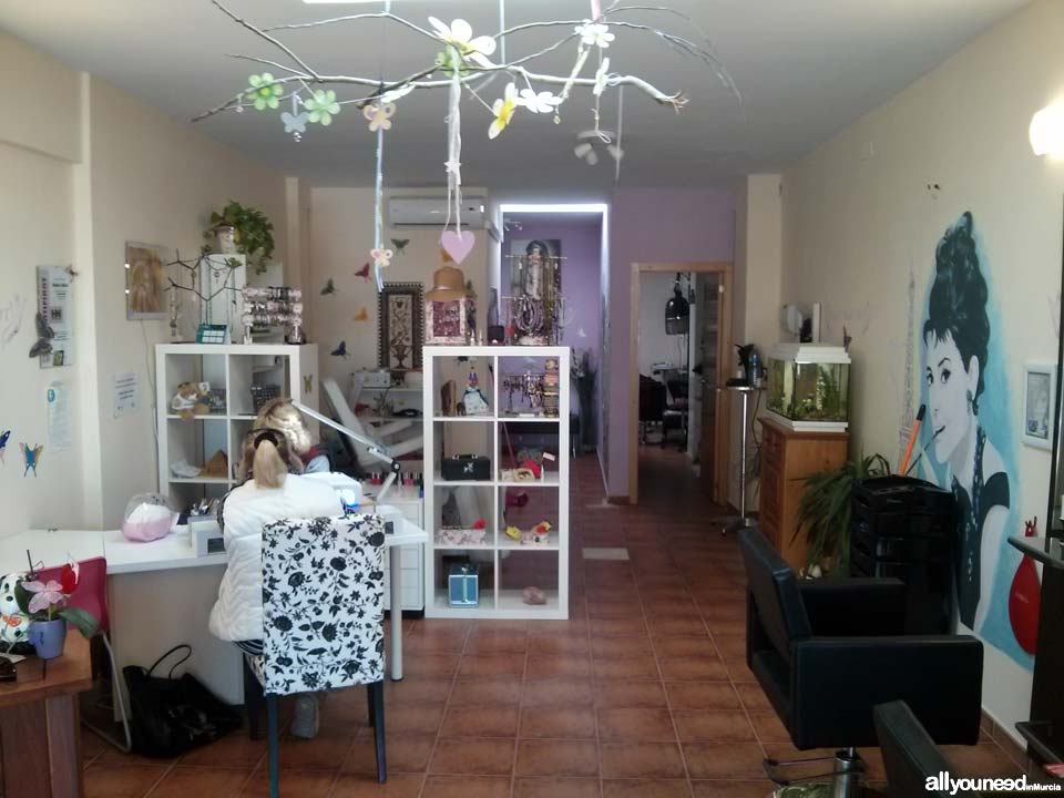 Kati's Nails Art. Stylists in Cabo de Palos
