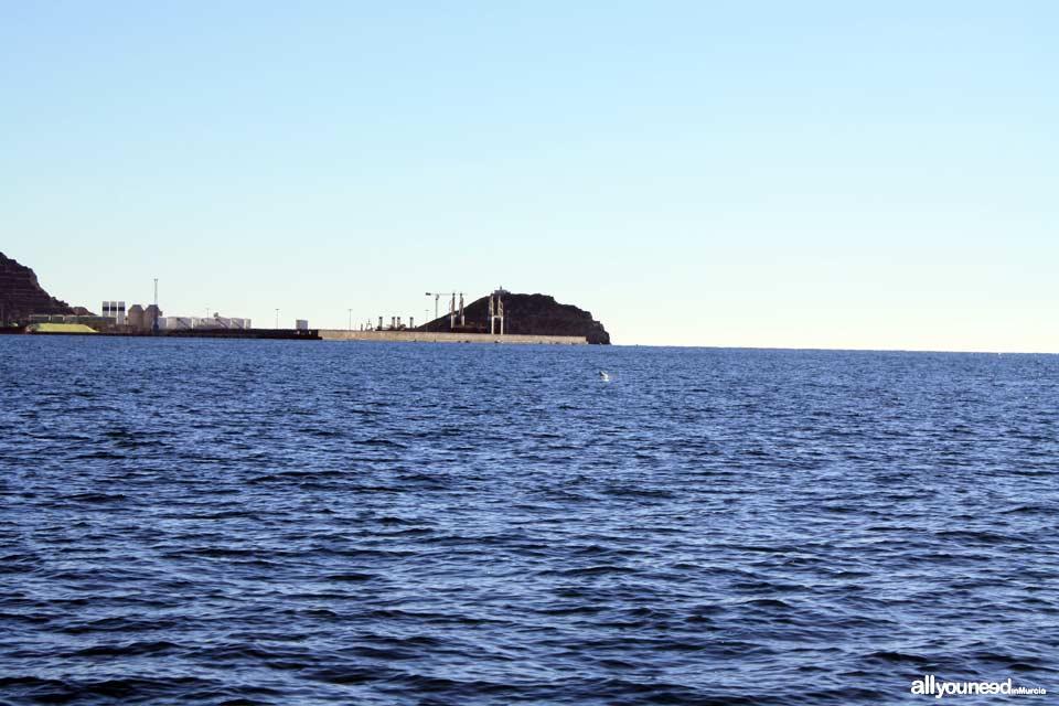 Faro Isla de Escombreras en Cartagena. Murcia