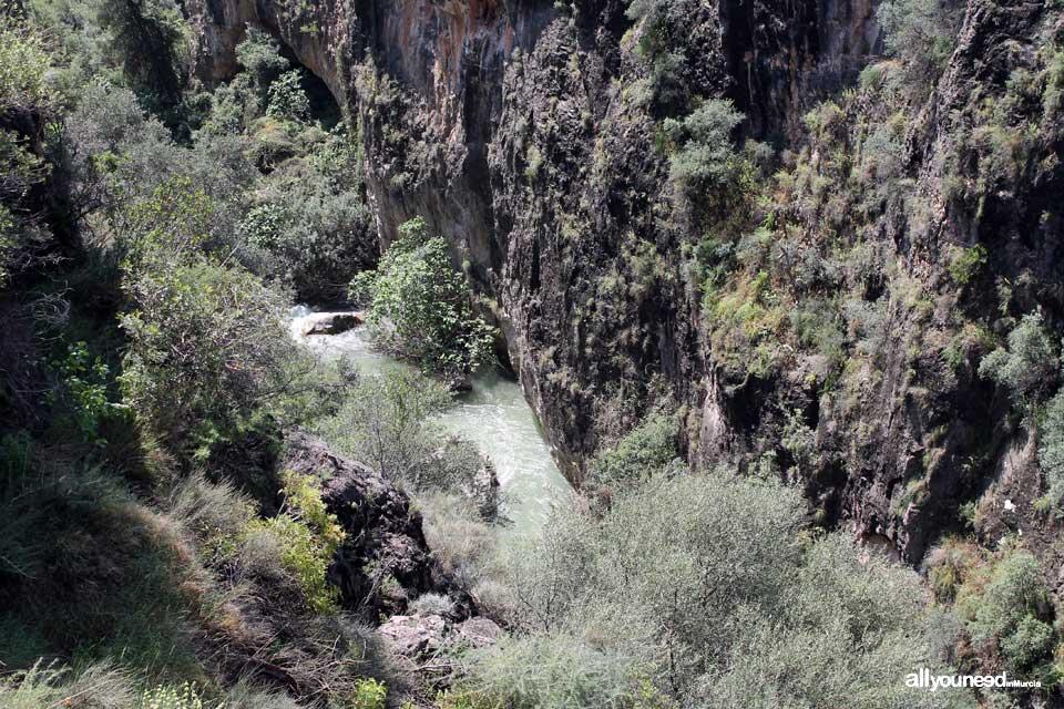 Cañón de Almadenes en Cieza. Murcia
