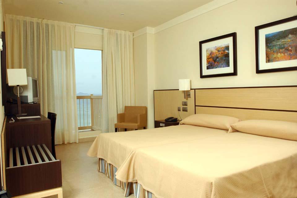 Hotel & Spa Mangalan en La Manga del Mar Menor. Habitaciones