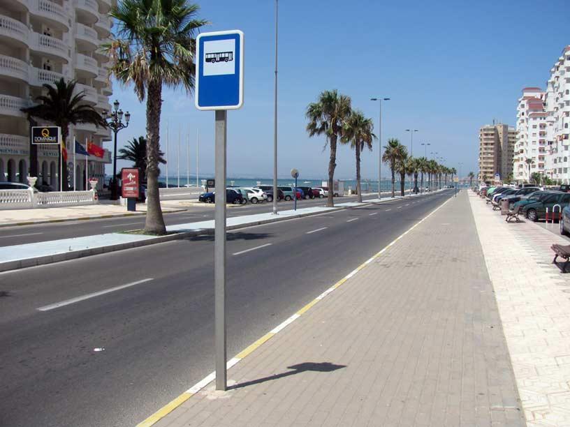 Parada de autobús en La Manga