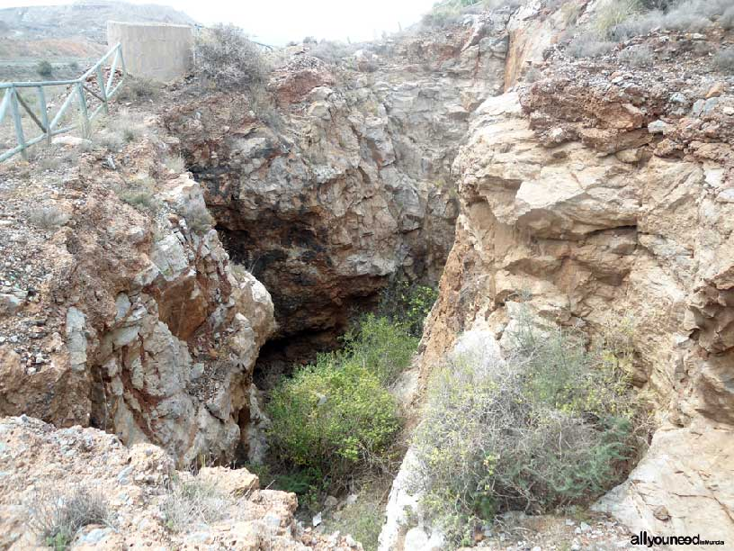 El Cabezo de San Ginés, pozo,  espacios del Mar Menor
