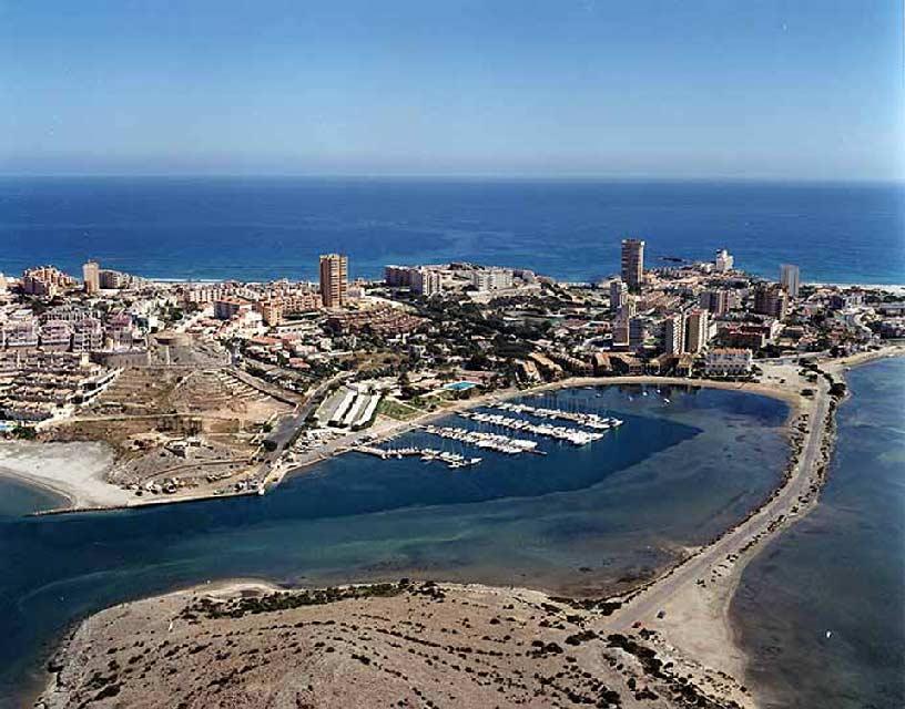 Isla del Ciervo en el Mar Menor. Foto años 90