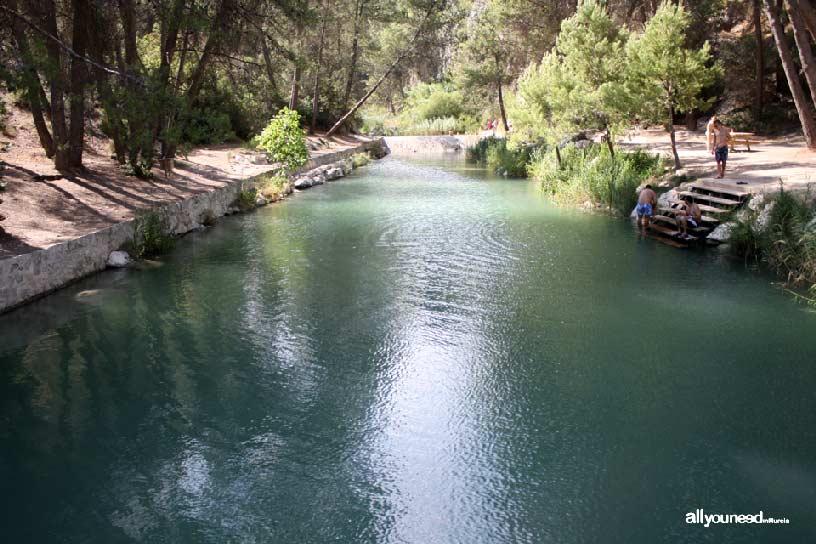 Camping La Puerta en Moratalla. Río Alhárabe