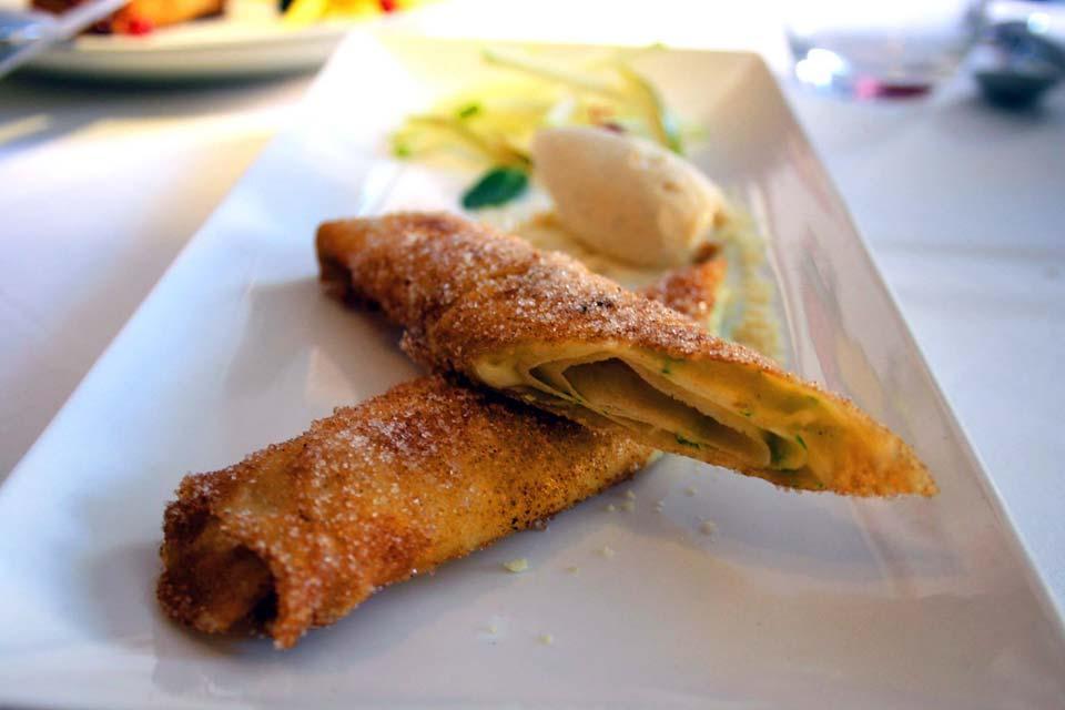 Restaurante El Romea by Tiquismiquis. Paparajotes