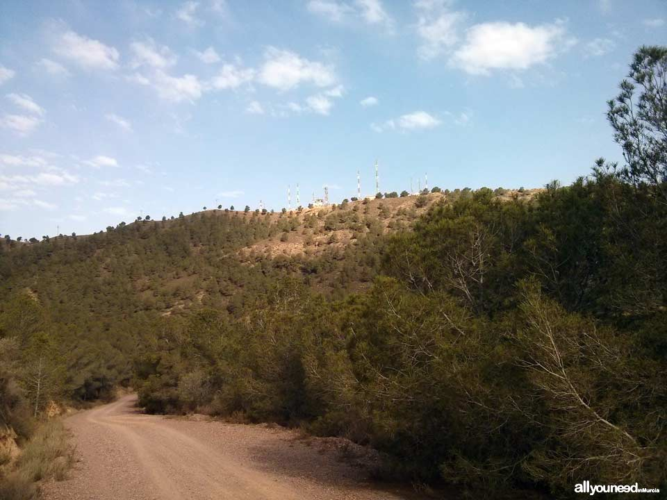 Ruta La Muralla de King Kong. Pico del Relojero