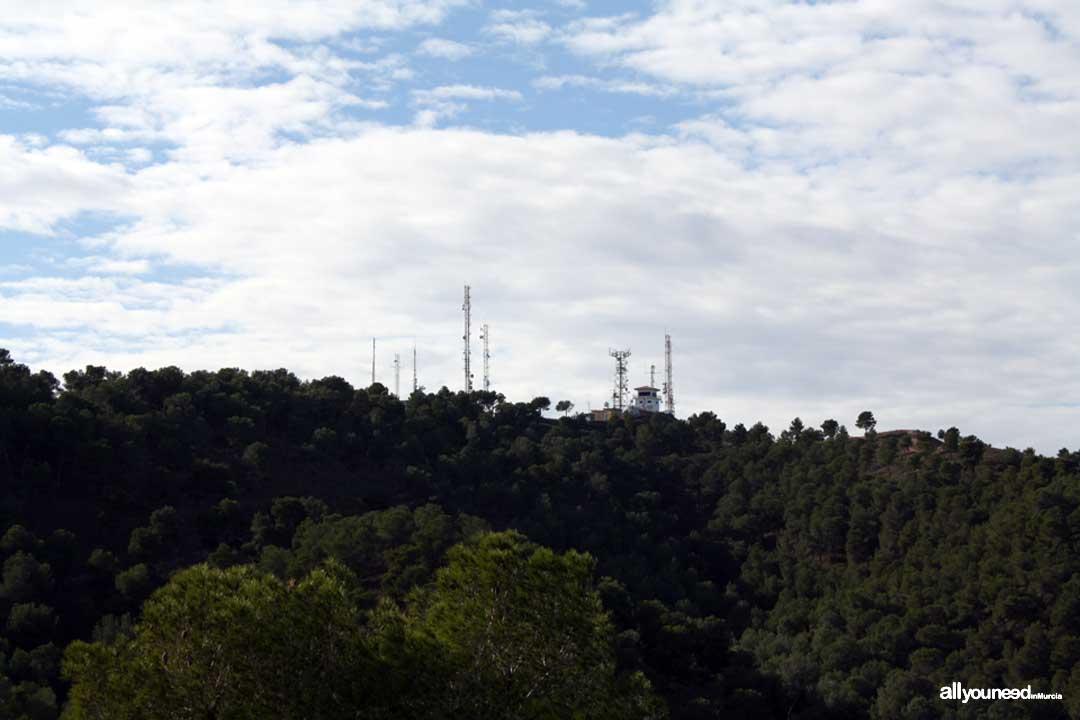 Barranco del Sordo Viewpoint. Pico del Relojero. Antennas