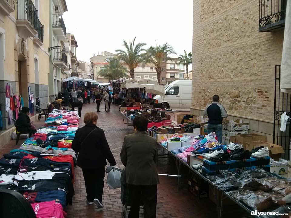 Mercado semanal de Pliego
