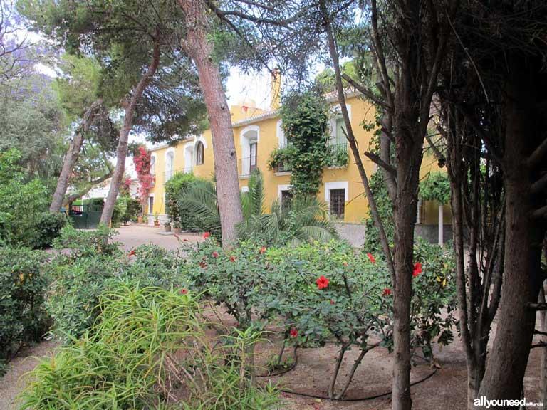 Casa Torre Mínguez en calle Padre Juan