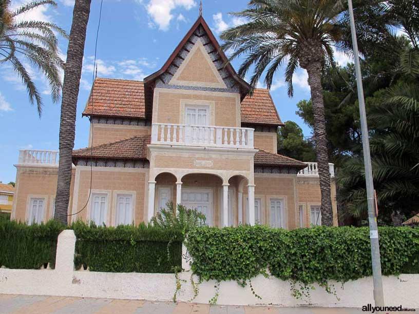 Casa Torre Javiera en paseo de los Castillitos