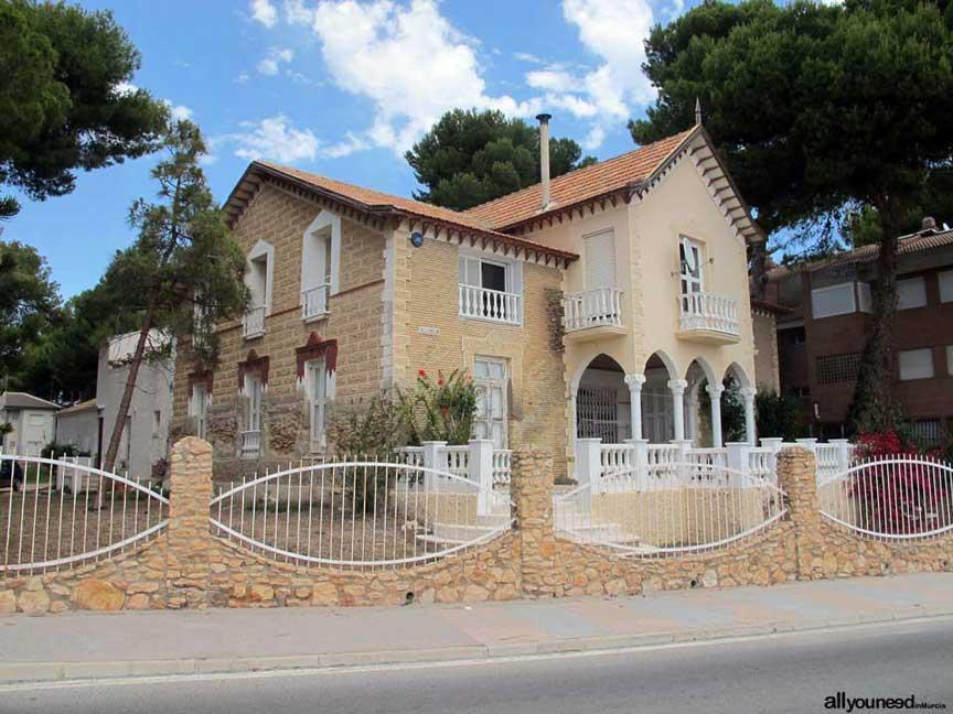 Casa Villa Rosario en paseo de los Castillitos