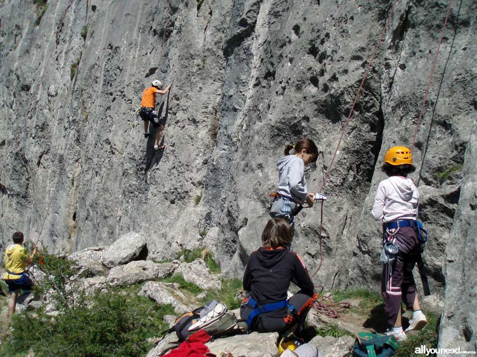 Active Tourism and Adventure in Murcia. Climbing