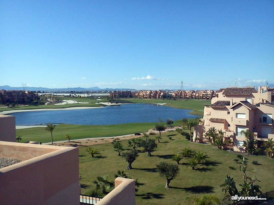 Turismo Activo y de Aventura en Murcia. Jugar al golf. Mar Menor Golf Resort en Torre Pacheco