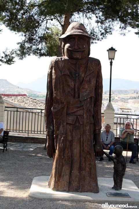 Estatua Paseo de la Ermita