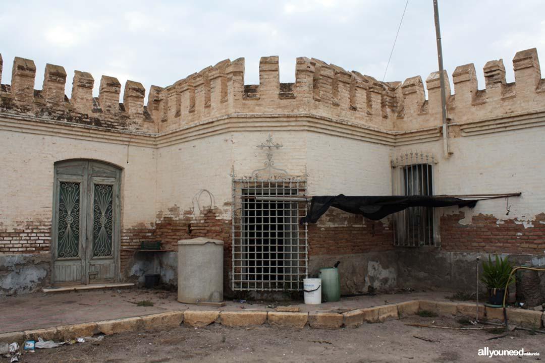 Casa Antigua. Torre de Las Palomas