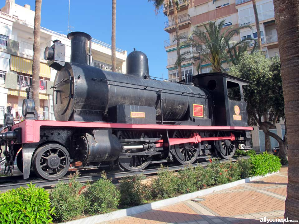 Monumento al ferrocarril all you need in murcia for Oficina de turismo aguilas