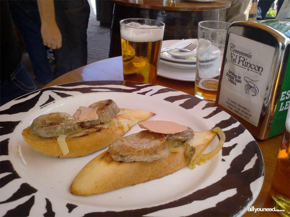 Bar Cervecería El Rincón en Alhama de Murcia. Tapas y marisco.