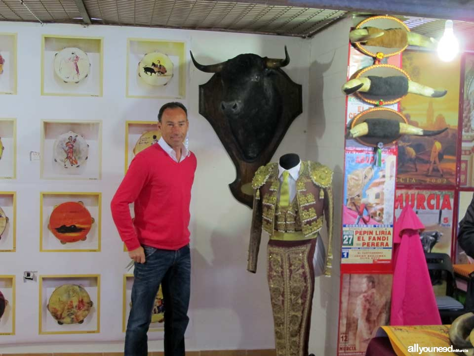 Bullfighting Art Market in Blanca. Pictures