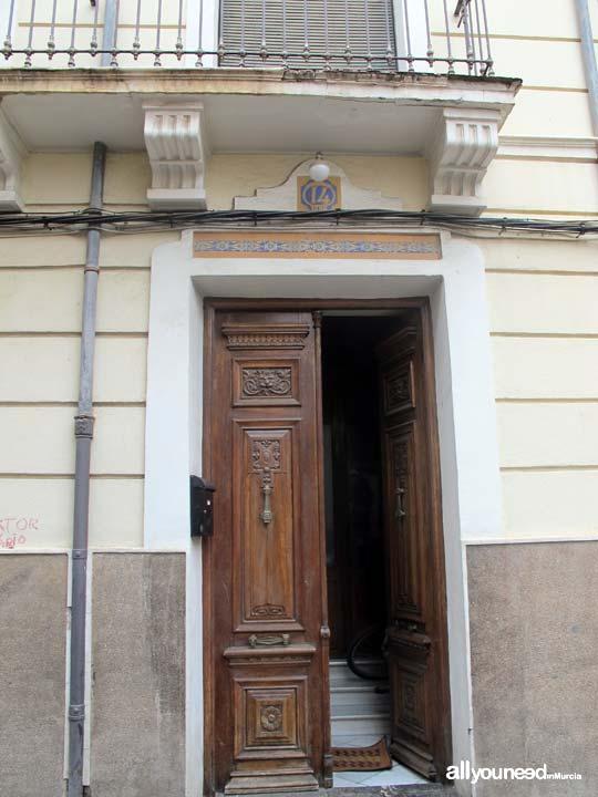Puerta principal casa don Blas-Alfonso