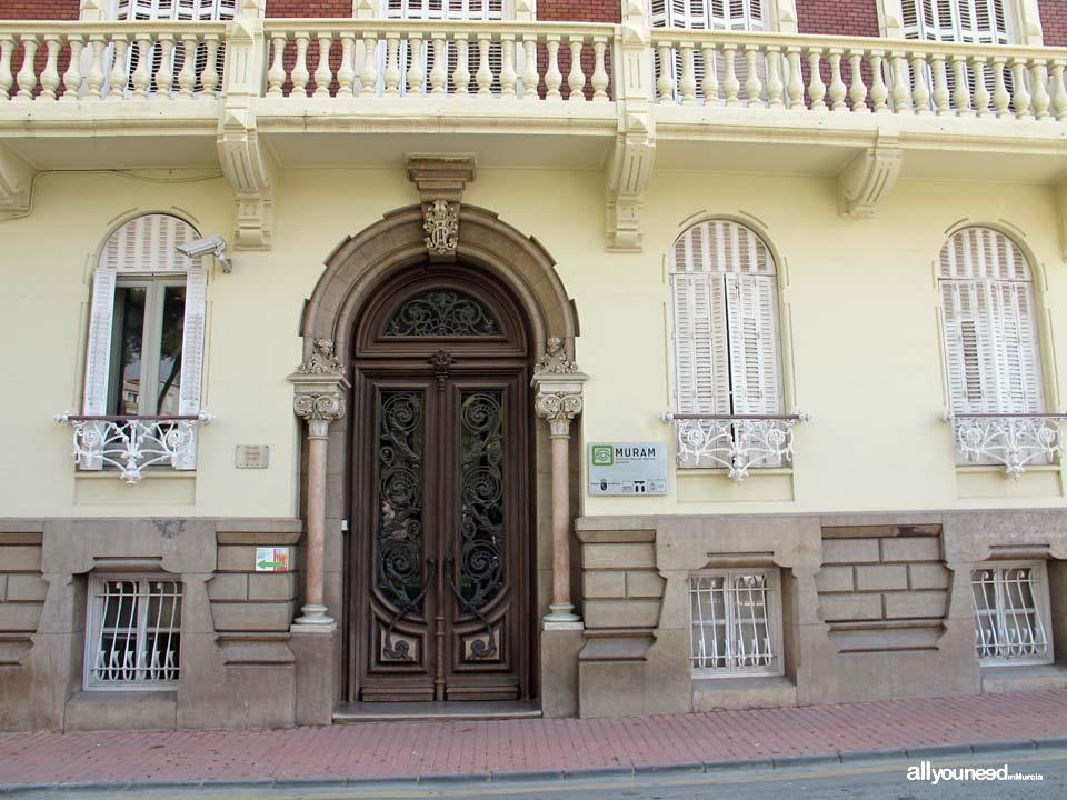 Casa Aguirre Muram