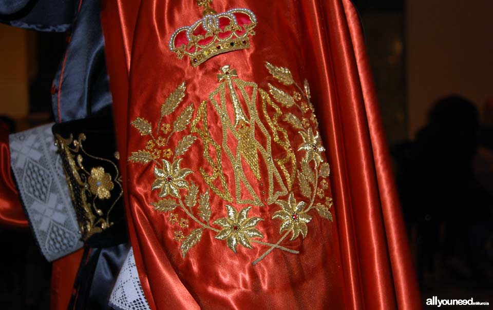 Embroidery of the Ósculo fraternity. Holy Week in Cartagena