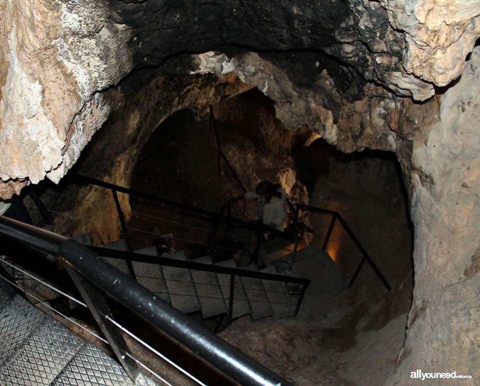Cueva Sima de La Serreta