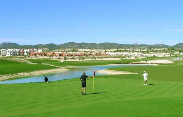 Corvera Golf. urbanización con campo de golf en Murcia -España-