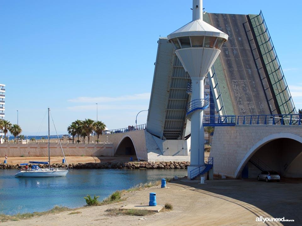 Canal y Puente del Estacio en la Manga del Mar Menor