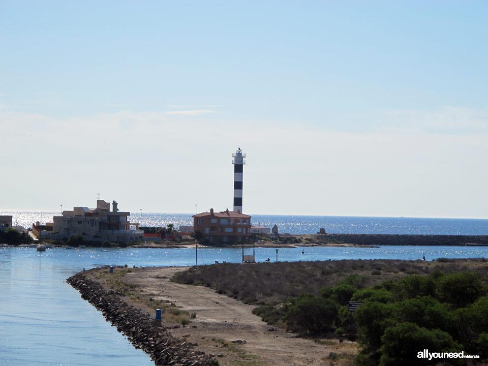Canal y faro del Estacio en la Manga del Mar Menor