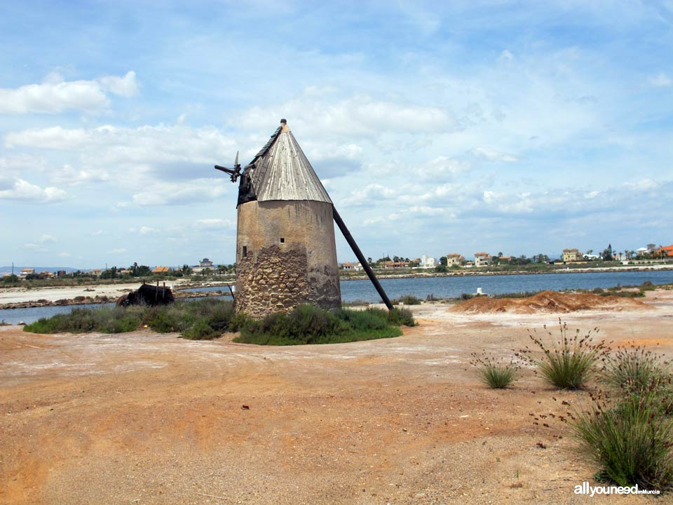 Molino de Veneziola en La Manga del Mar Menor