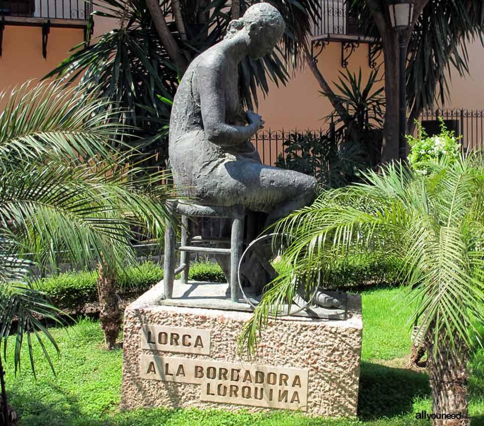 Calles de Lorca. Plaza Concha Sandoval
