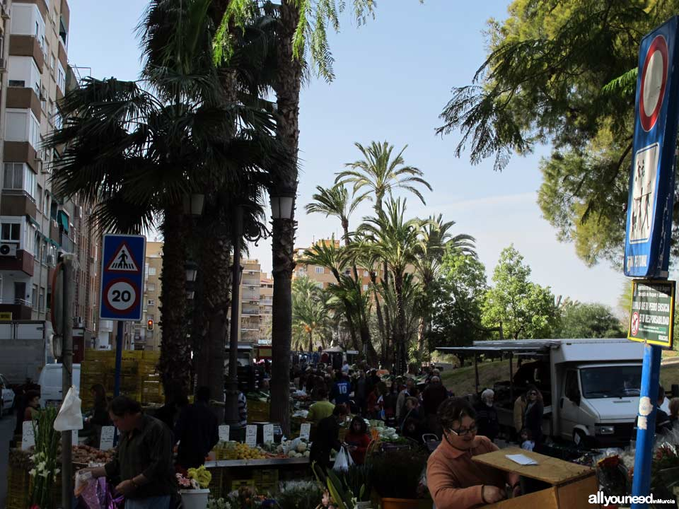 Mercado semanal de Molina de Segura. Parque de la Compañia