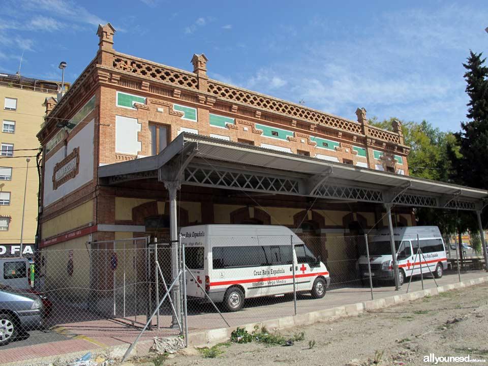 Antigua estación de Tren. Cruz Roja
