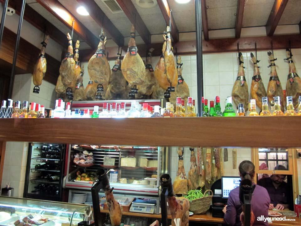 Mesón Don Jamón En Murcia. Bar de tapas, embutidos, quesos