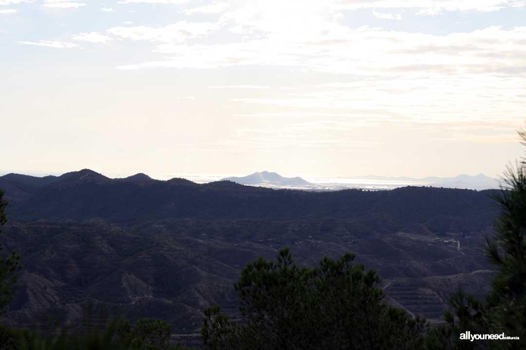 Ruta Cresta del Gallo-Pico del Relojero. Cabezo Gordo y Mar Menor al fondo. Senderismo en Murcia