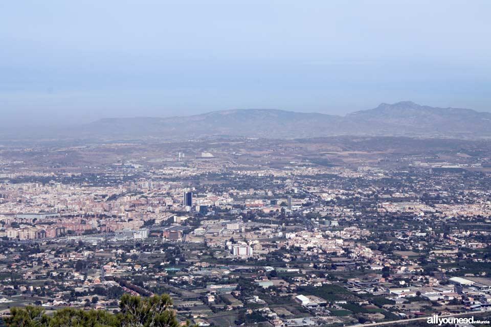 La Cresta del Gallo. Pico de la Panocha. Views of Murcia