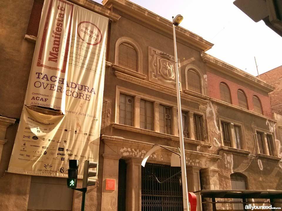 Calle Isidoro de la Cierva. Antiguo edificio Correos