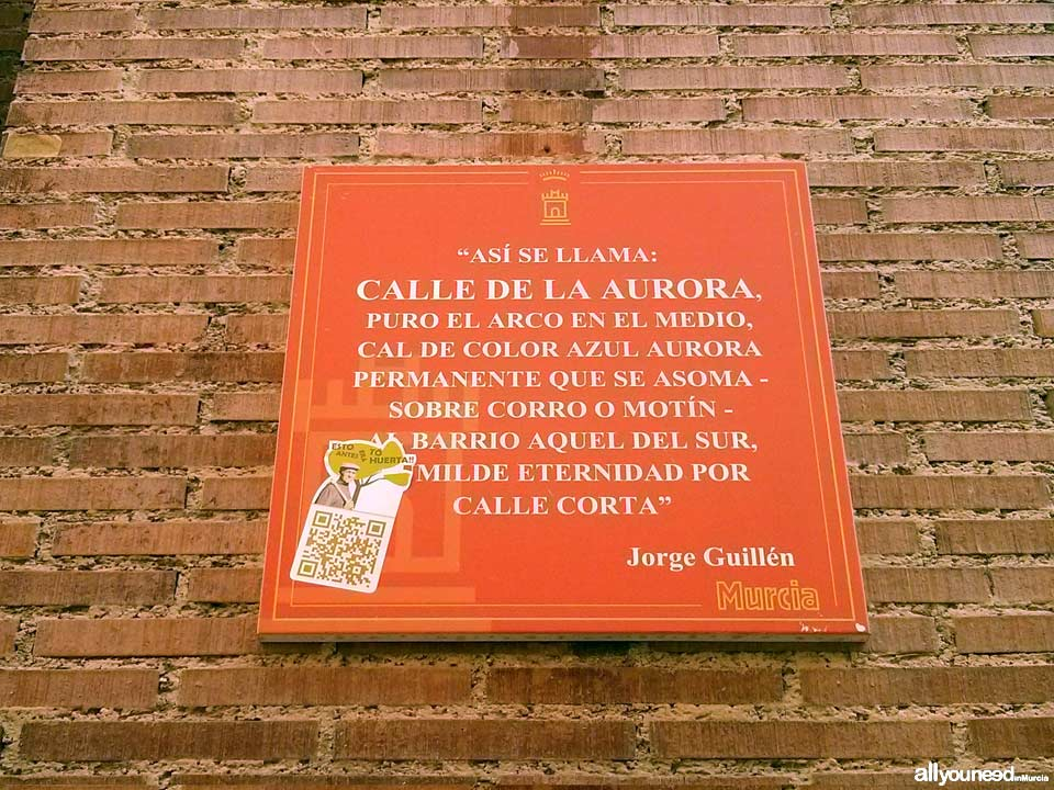 Calle de la Aurora. Cool stuff in Murcia. Metal Plates Describing Historical Events