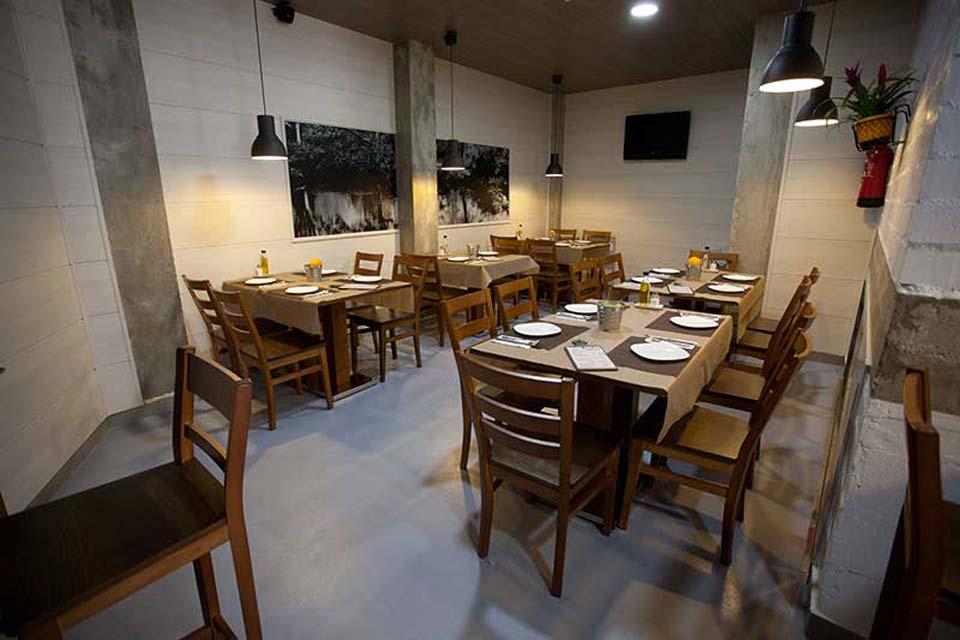 Restaurante bar y tapas llaveo en la alberca murcia for Alberca restaurante