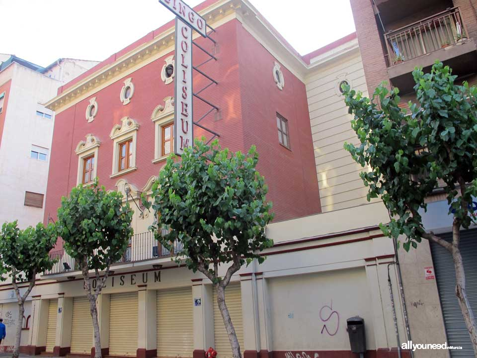 Former Coliseum Cinema