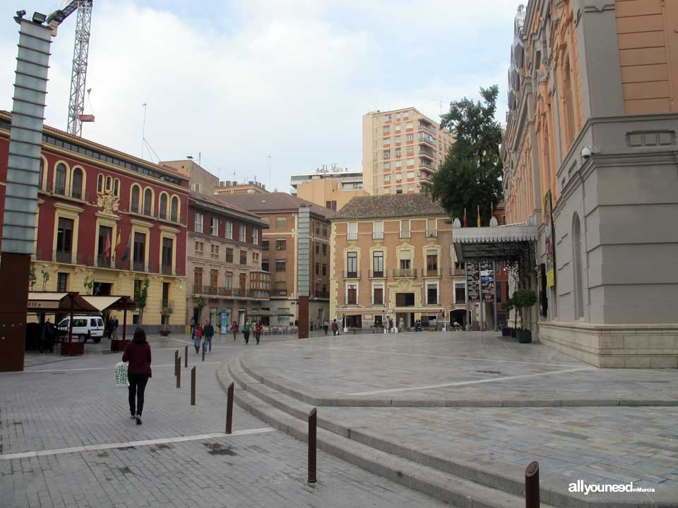 Streets in Murcia. Plaza Romea