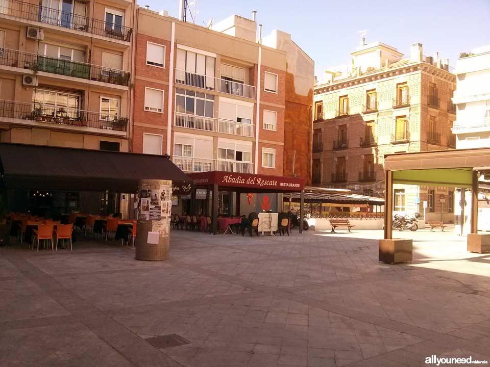 Streets in Murcia. PLaza Cristo del Rescate