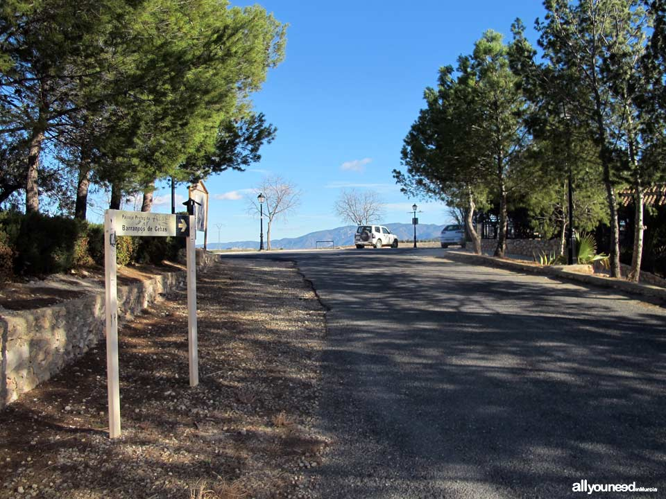 Barrancos de Gebas. Carretera hacia Barranco de Gebas