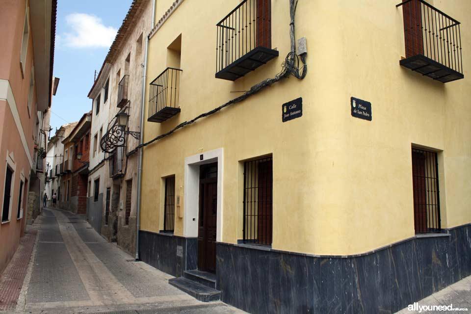 Calle Jose Antonio - Plaza San Pedro