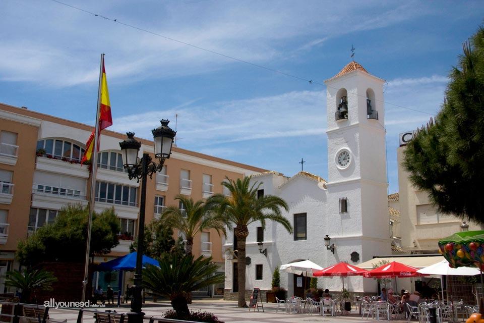 Iglesia de San Pedro en plaza de la Constitución